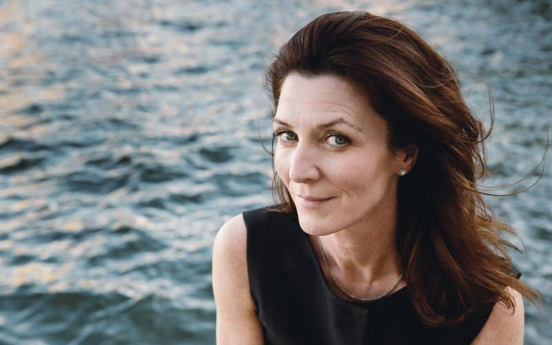 michelle-fairley-resurrection