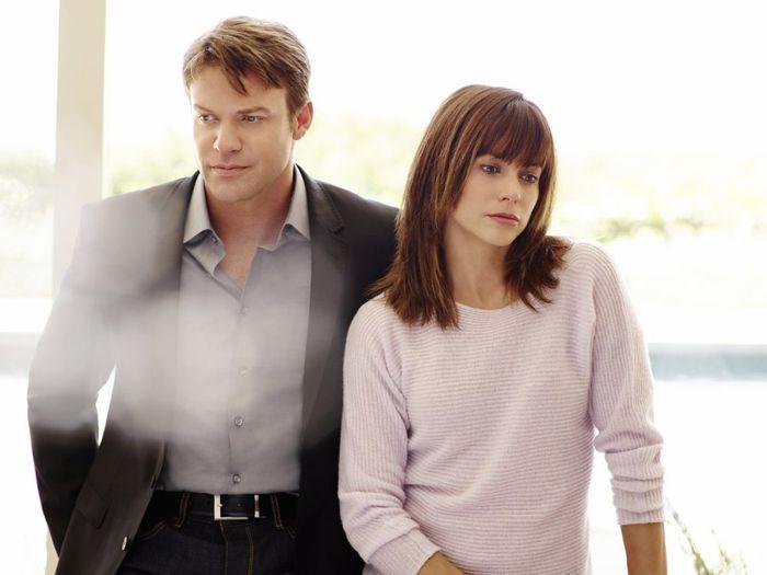 SATISFACTION -- Season:1 -- Pictured: (l-r) Matt Passmore as Neil Truman, Stephanie Szostak as Grace Truman