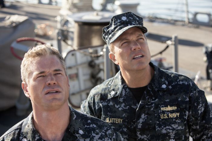 The Last Ship Season 1 Episode 4 ERIC DANE, ADAM BALDWIN