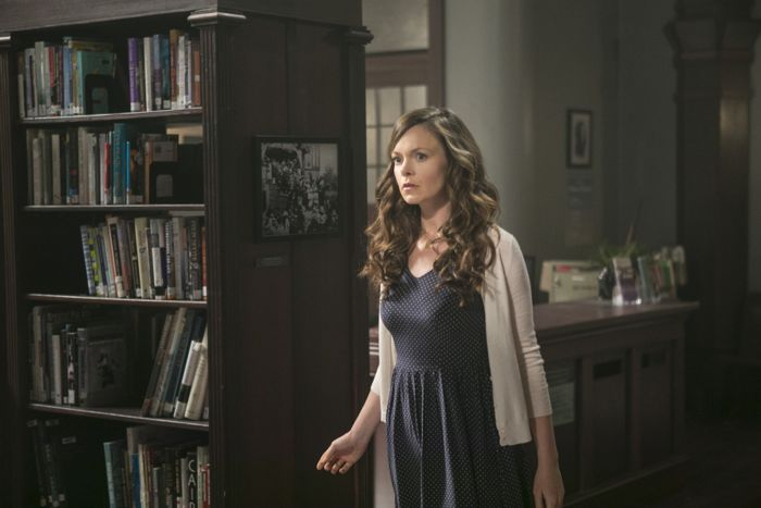 Witches Of East End 2x02 16