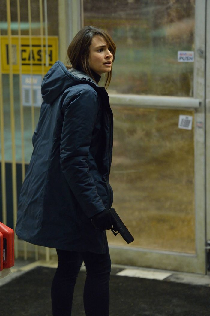 The Strain 1x08 Mia Maestro as Nora Martinez