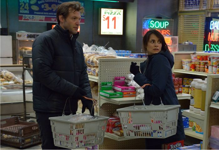The Strain 1x08 Cory Stoll as Ephraim Goodweather, Mia Maestro as Nora Martinez