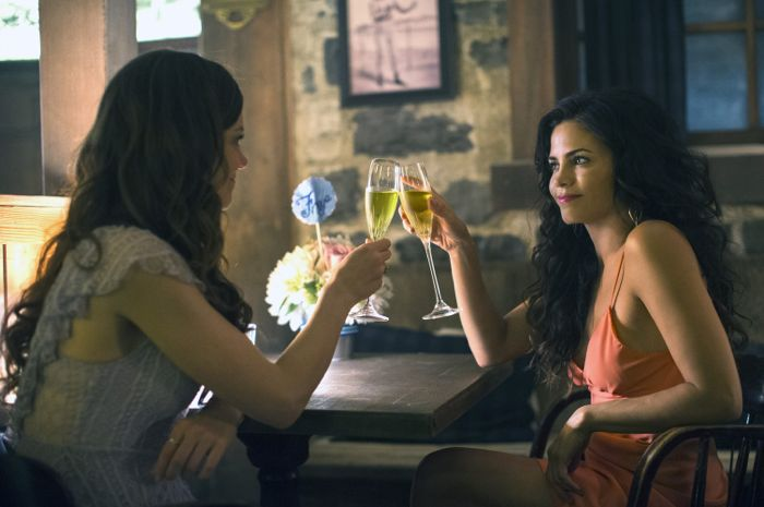 Witches Of East End 2x08 WOEE Pictures 7