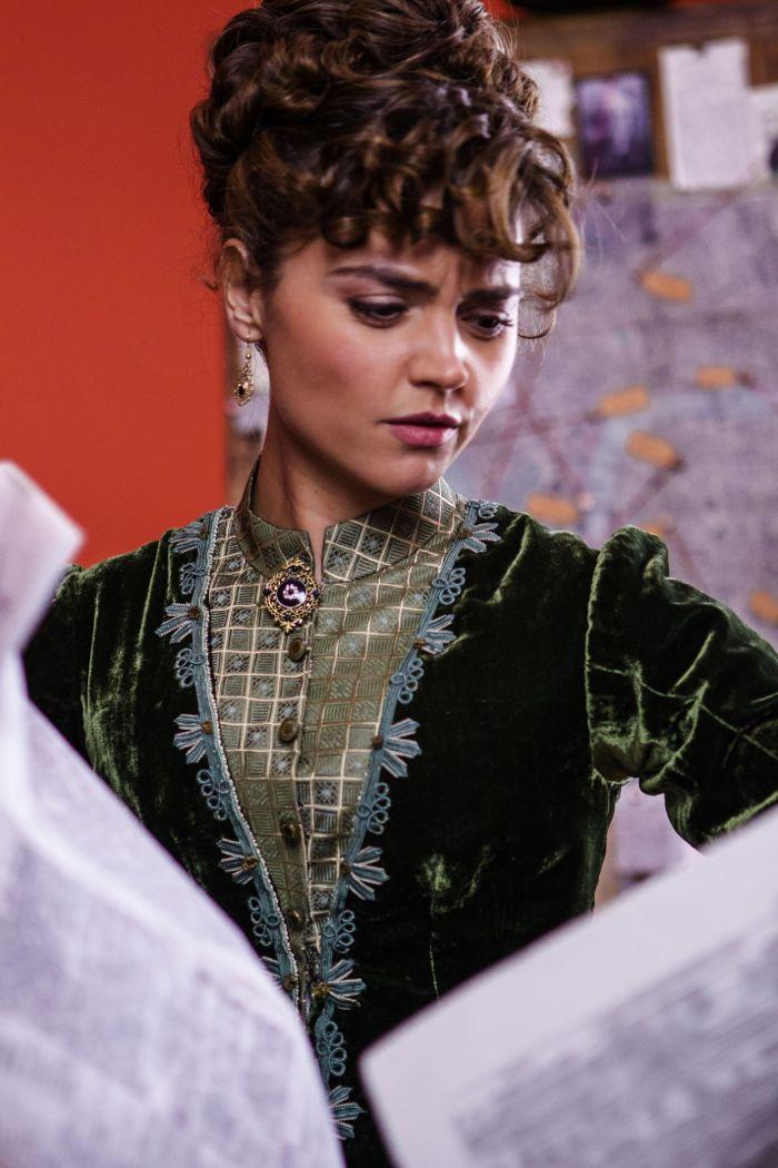 Doctor Who, Season 8, Episode 1, Clara (Jenna Coleman)