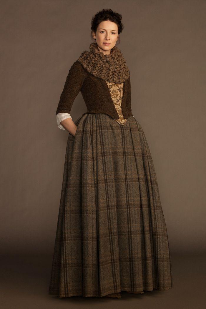 Claire Randall (Caitriona Balfe)  | OUTLANDER