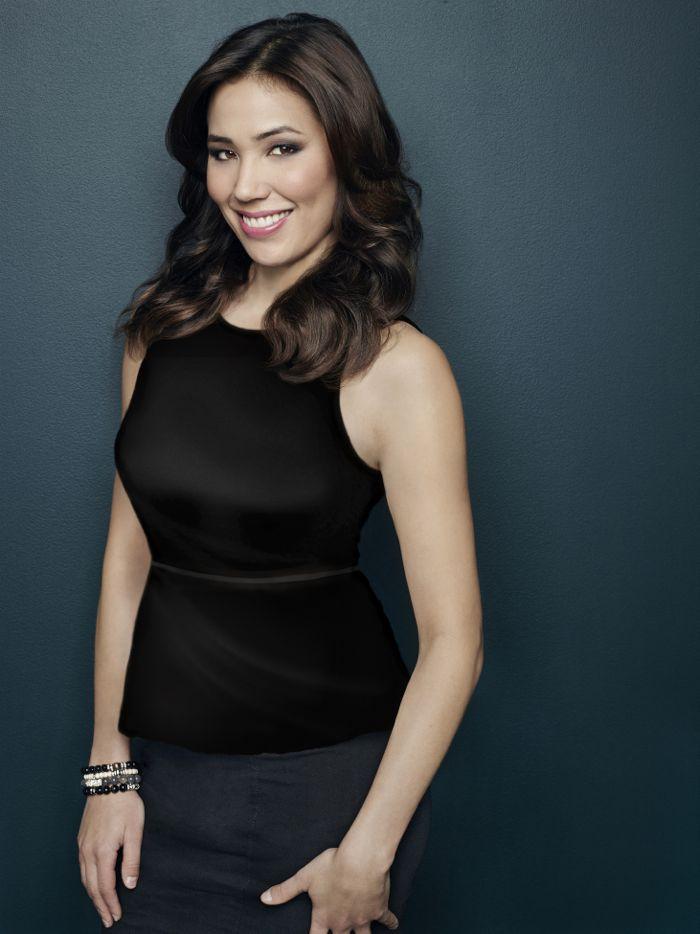 Bones Season 10 Michaela Conlin returns as Angela Montenegro