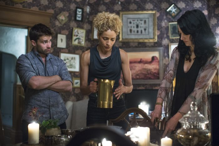 Witches Of East End 2x05 04