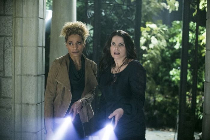 Witches Of East End 2x05 03