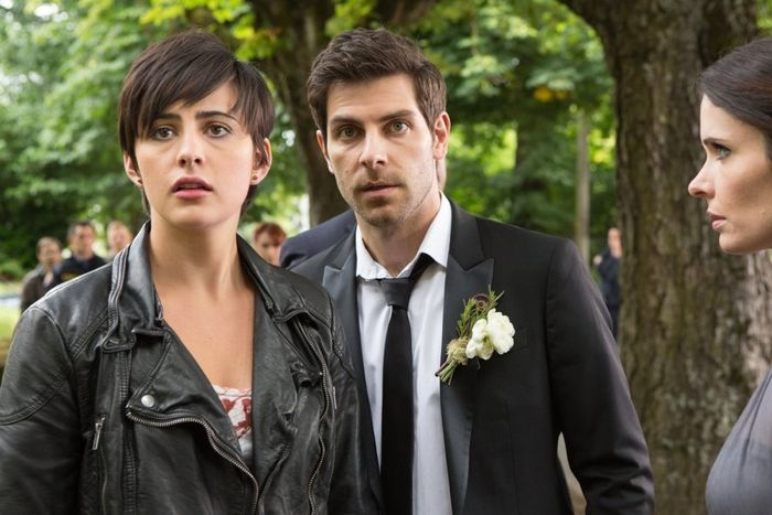 Jacqueline Toboni as Trubel, David Giuntoli as Nick Burkhardt, Bitsie Tulloch as Juliette Silverton Grimm - Season 4