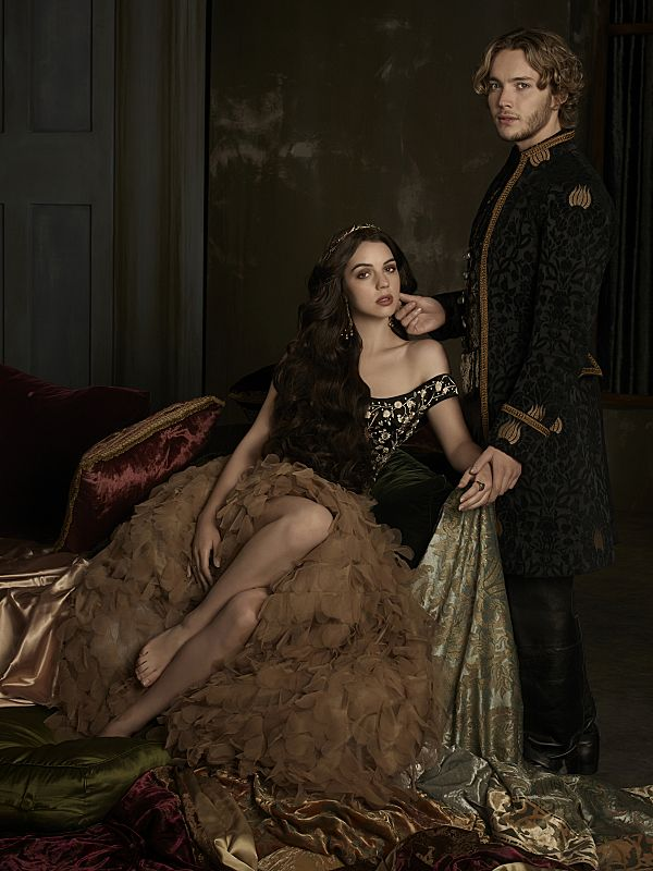 Adelaide Kane as Mary, Queen of Scotland and France and Toby Regbo as King Francis II Reign