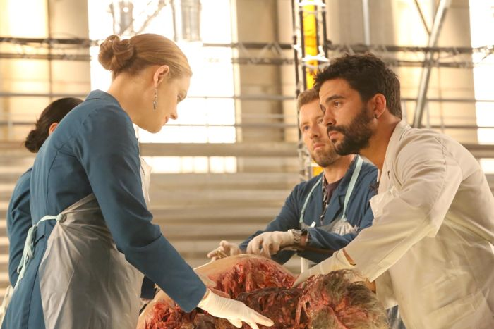 Bones ep1003 sc4 0082 hires2