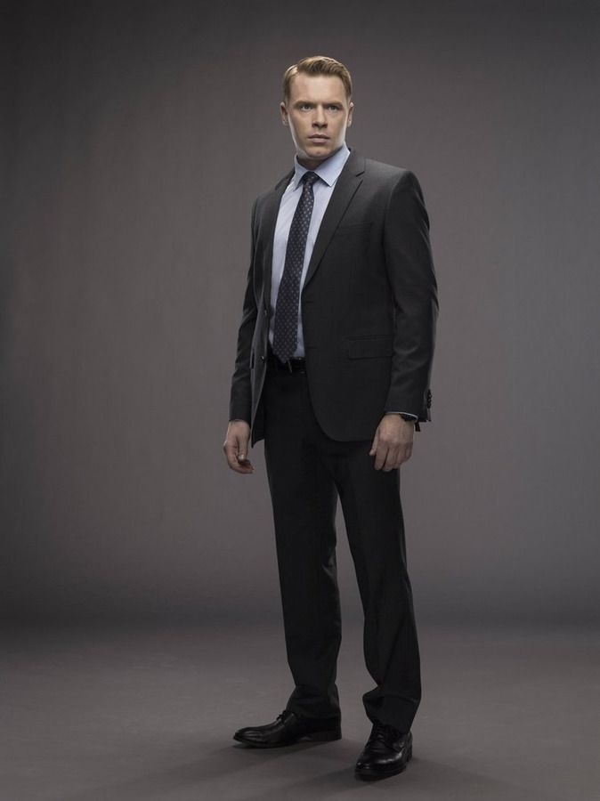 Diego Klattenhoff as Donald Ressler Blacklist