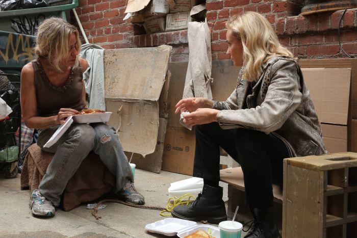 Tamara Clatterbuck as Gail Cross, Diane Kruger as Sonya Cross