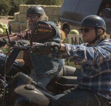 "Mark Boone Junior as Robert 'Bobby' Munson, Charlie Hunnam as Jackson ""Jax"" Teller"