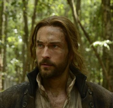SLEEPY HOLLOW: Ichabod Crane (Tom Mison) escapes death