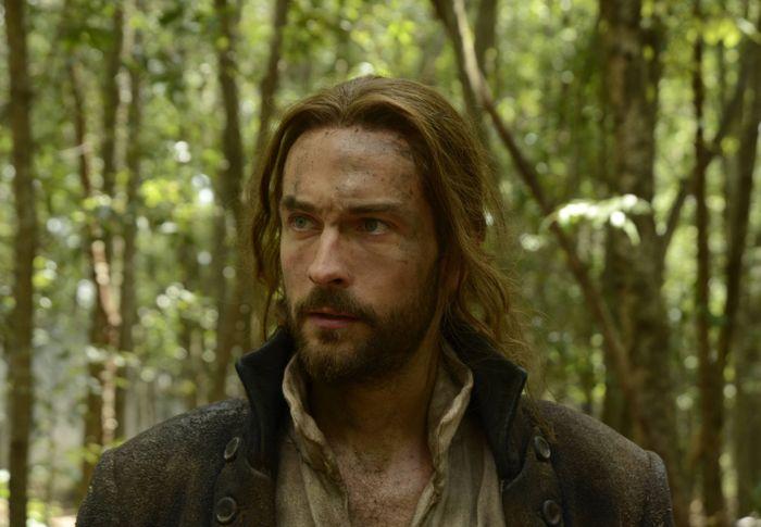SLEEPY HOLLOW: Ichabod Crane (Tom Mison) escapes death