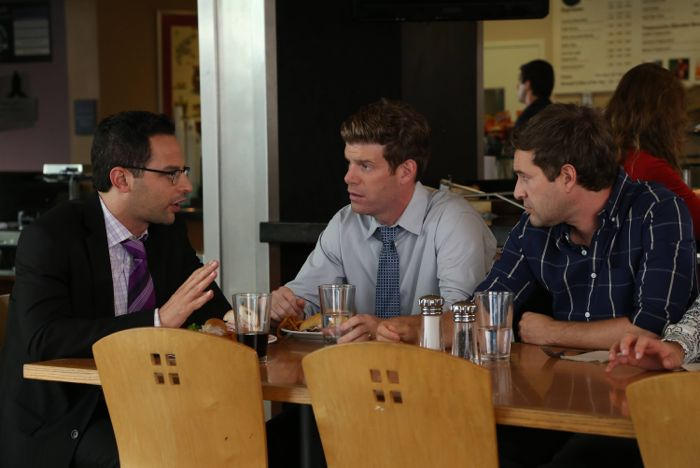 Nick Kroll as Ruxin, Stephen Rannazzisi as Kevin, Mark Duplass as Pete The League