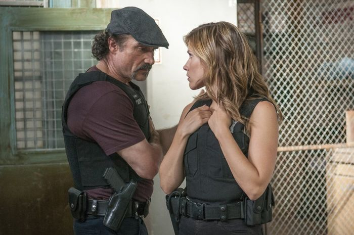 Chicago PD 2x01 08