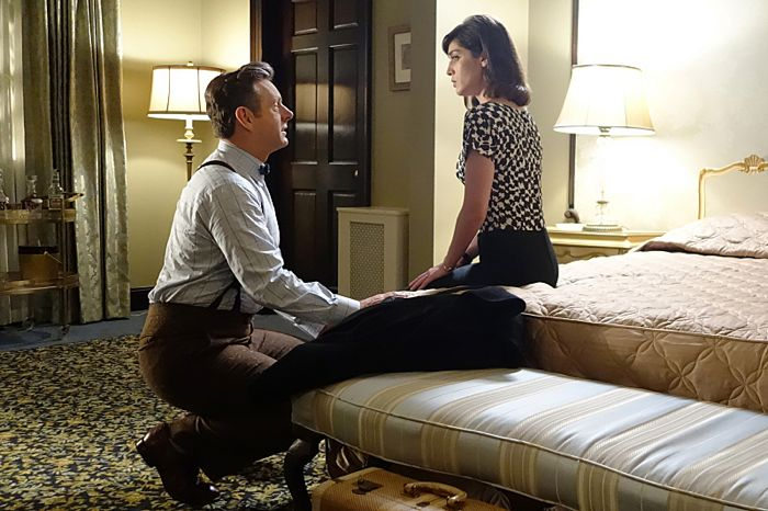 Michael Sheen as Dr. William Masters and Lizzy Caplan as Virginia Johnson in Masters of Sex (season 2, episode 10)