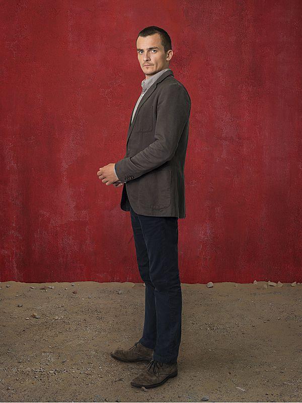 Rupert Friend as Peter Quinn in Homeland Season 4