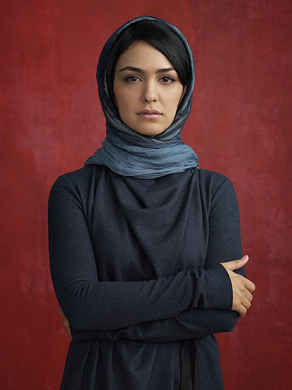 Nazanin Boniadi as Fara in Homeland Season 4