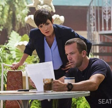 """NCIS New Orleans Zoe McLellan as Special Agent Meredith """"Merri"""" Brody and Lucas Black as Special Agent Christopher LaSalle"""