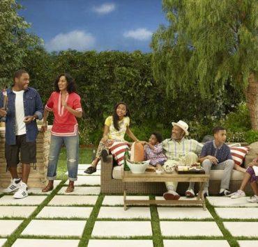 Black-Ish Cast ABC TV Show ANTHONY ANDERSON, TRACEE ELLIS ROSS, YARA SHAHIDI, MILES BROWN, LAURENCE FISHBURNE, MARCUS SCRIBNER, MARSAI MARTIN