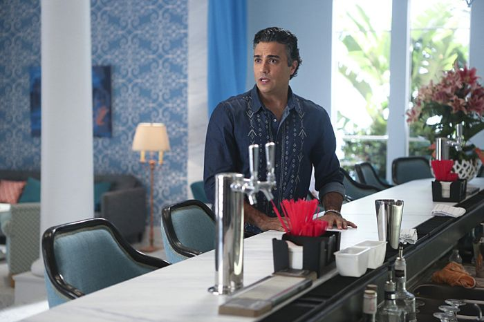 Jane The Virgin 1x03 4
