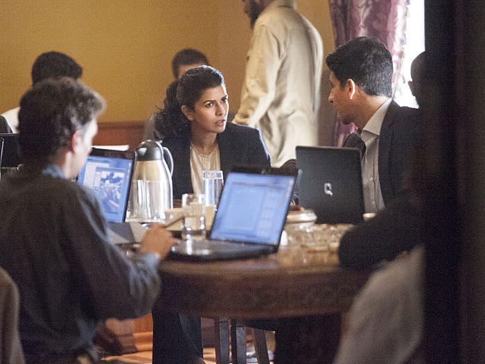 Nimrat Kaur as Nasneem and Raza Jaffrey as Aasar Khan in Homeland (Season 4, Episode 5)