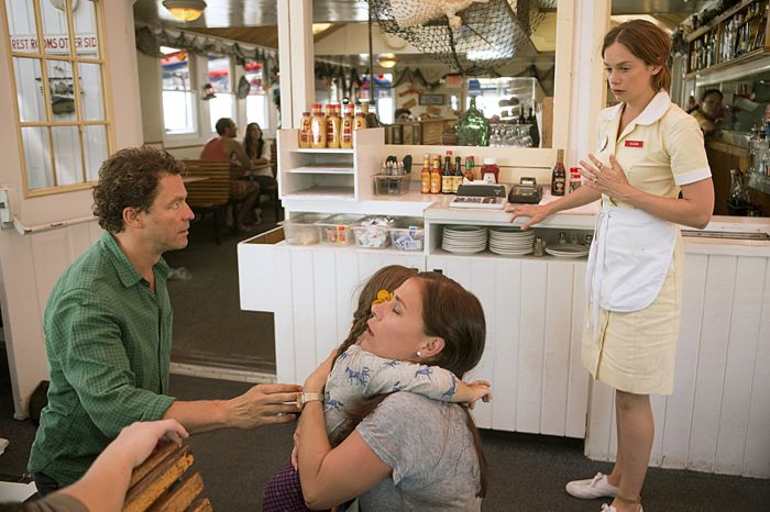 Dominic West as Noah, Maura Tierney as Helen and Ruth Wilson as Alison in The Affair (season 1, episode 1)