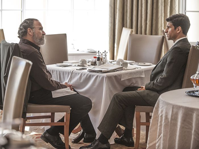 Mandy Patinkin as Saul Berenson and Raza Jaffrey as Aasar Khan in Homeland (Season 4, Episode 4)