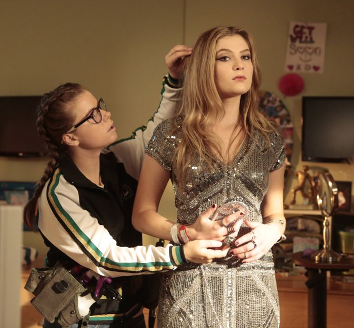 RED BAND SOCIETY: L-R: Watergirl (Jesse Innis) helps Kara (Zoe Levin)