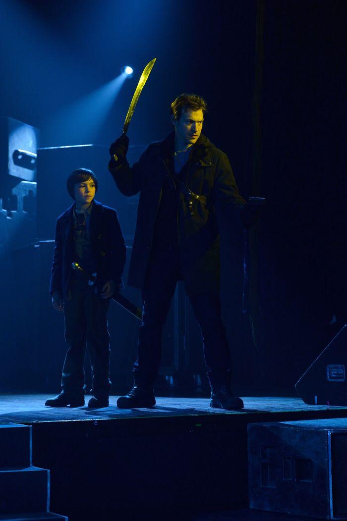 The Strain 1x13 09