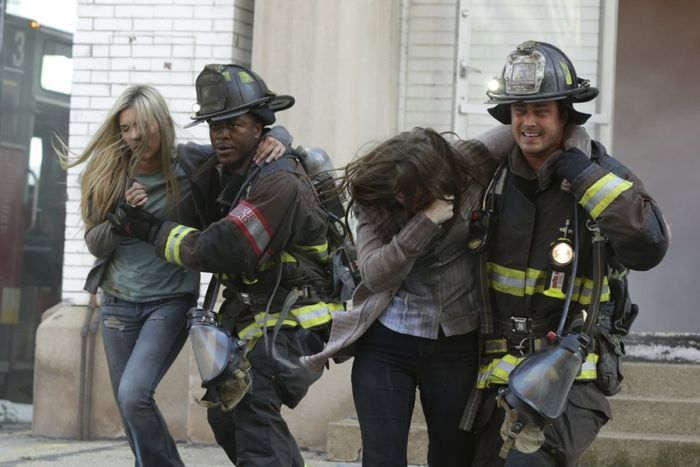 Chicago Fire 304 4