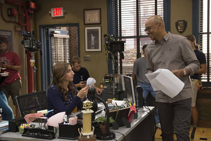 Brooklyn99-S2-Ep7_BTS_041