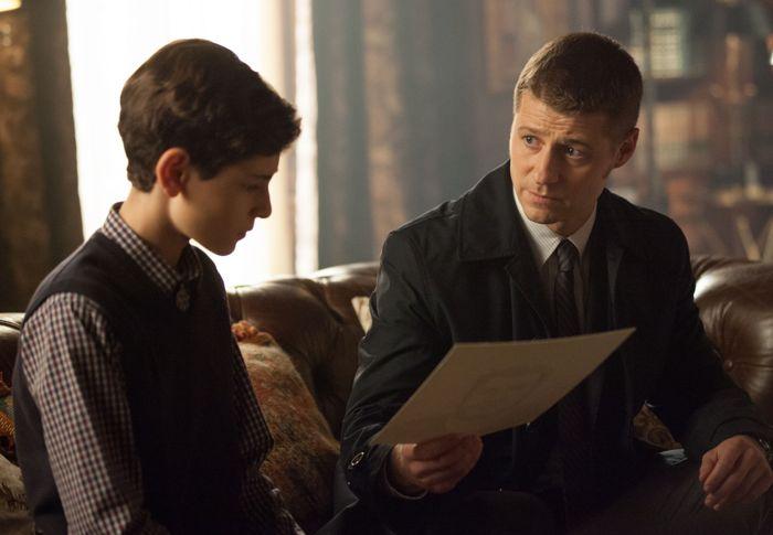 Gotham 1x09 04