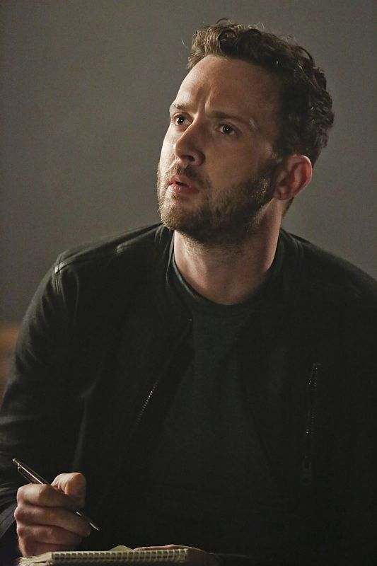 Eddie Kaye Thomas as Toby Curtis Scorpion Rogue Element