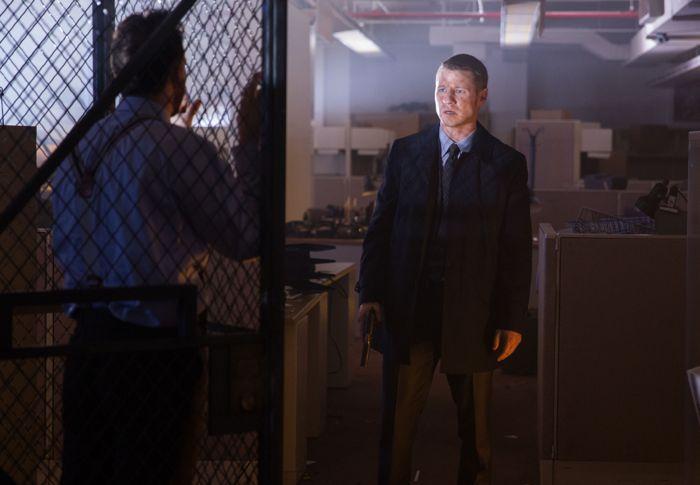 Gotham 1x08 01