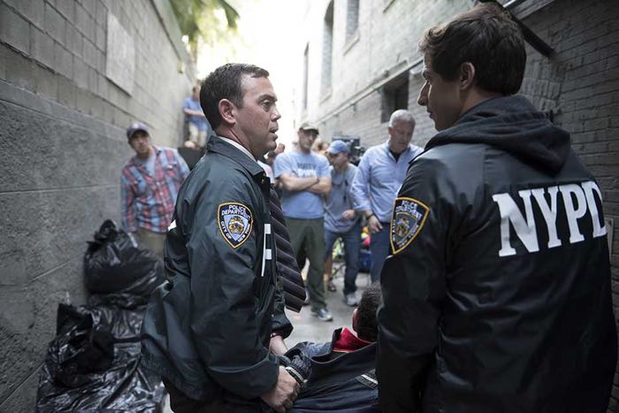Brooklyn99-S2-Ep11_BTS_0052