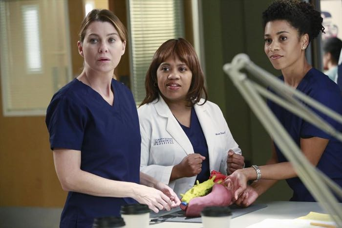 ELLEN POMPEO, CHANDRA WILSON, KELLY MCCREARY