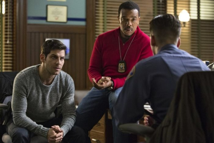 "GRIMM -- ""Wesenrein"" Episode 409 -- Pictured: (l-r) David Giuntoli as Nick Burkhardt, Russell Hornsby as Hank Griffin -- (Photo by: Scott Green/NBC)"
