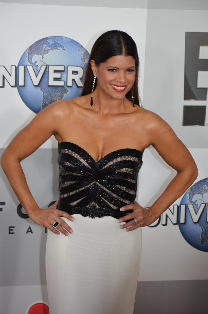 Andrea Navedo | Golden Globes 2015 | Photo : Genevieve Collins