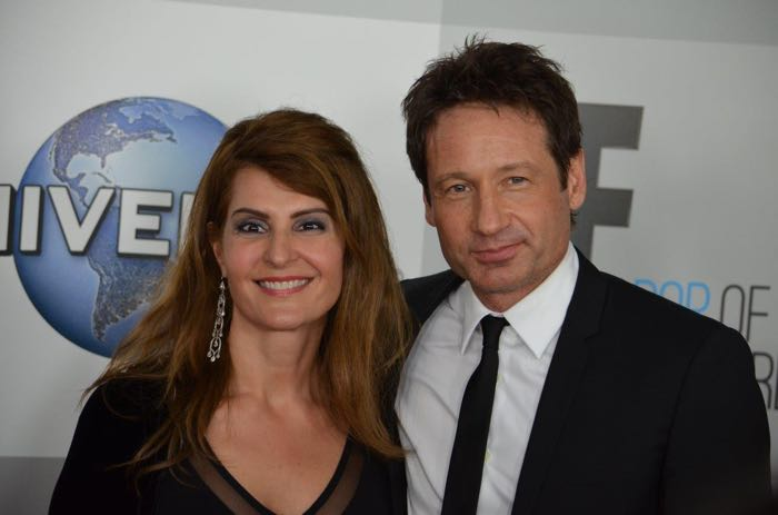 Nia Vardalos and David Duchovny Golden Globes 2015 | Photo : Genevieve Collins