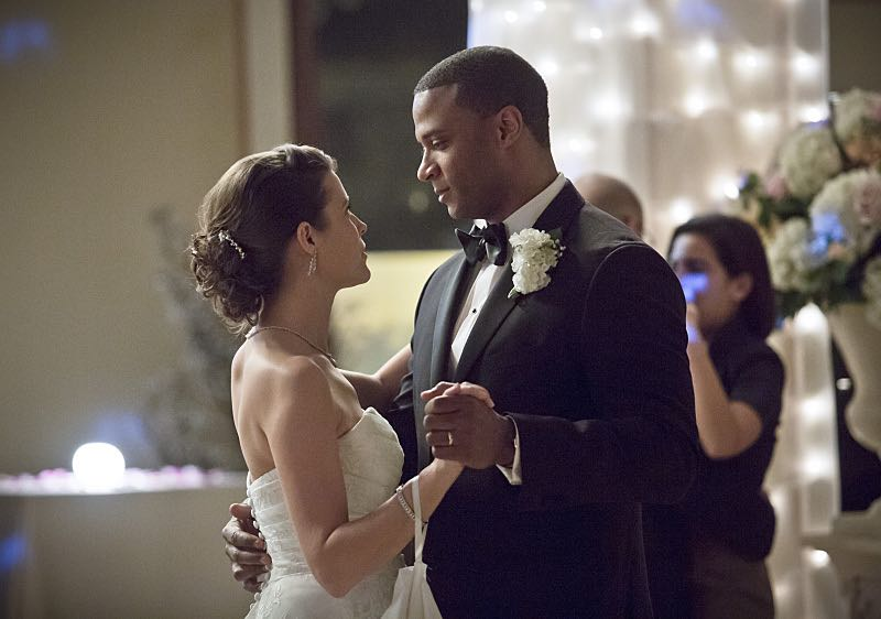"Arrow -- ""Suicidal Tendencies"" -- Image AR317A_0153b -- Pictured (L-R): Audrey Marie Anderson as Lyla Michaels and David Ramsey as John Diggle -- Photo: Katie Yu/The CW -- © 2015 The CW Network, LLC. All Rights Reserved."