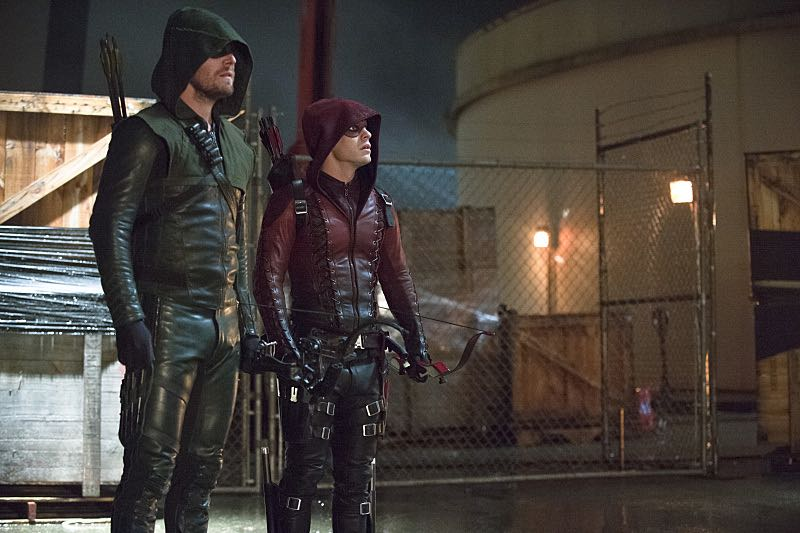 "Arrow -- ""Suicidal Tendencies"" -- Image AR317B_0238b -- Pictured (L-R): Stephen Amell as Oliver Queen / The Arrow and Colton Haynes as Roy Harper / Arsenal -- Photo: Cate Cameron/The CW -- © 2015 The CW Network, LLC. All Rights Reserved."