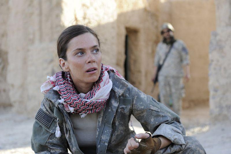 AMERICAN ODYSSEY Anna Friel as Odelle Ballard