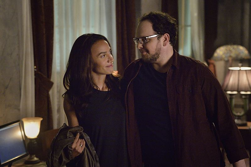 "Beauty and the Beast -- ""The Beast of Wall Street"" -- Image Number: BB301A_0037 -- Pictured (L-R): Nina Lisandrello as Tess and Austin Basis as JT -- Photo: Ben Mark Holzberg/The CW -- © 2015 The CW Network, LLC. All rights reserved."