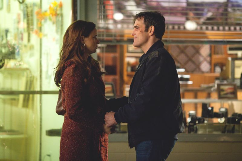 "WAYWARD PINES: Ethan (Matt Dillon, R) and Beverly (Juliette Lewis, L) finalize their plans in the ""Don't Discuss Your Life Before"" episode of WAYWARD PINES airing Thursday, May 21 (9:00-10:00 PM ET/PT) on FOX. ©2015 Fox Broadcasting Co. Cr: Liane Hentscher/FOX"