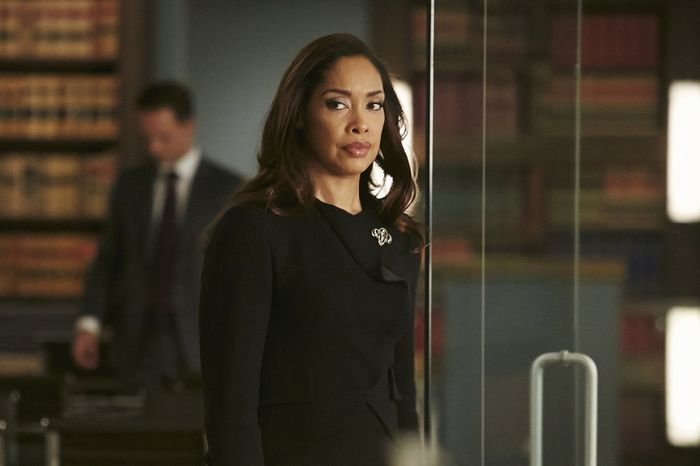 """SUITS -- """"Compensation"""" Episode 502 -- Pictured: Gina Torres as Jessica Pearson -- (Photo by: Ian Watson/USA Network)"""