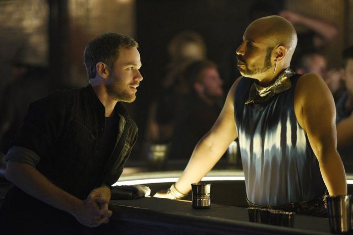 """KILLJOYS -- """"The Harvest"""" Episode 103 -- Pictured: (l-r) Aaron Ashmore as John, Thom Allison as Pree -- (Photo by: Steve Wilkie/Temple Street Releasing Limited/Syfy)"""